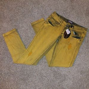 Bongo Mustard Yellow Distressed Jeans Size 7 NWT